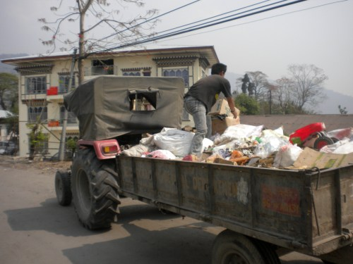 Waste collection in Dewathang (samdrup jongkhar district)