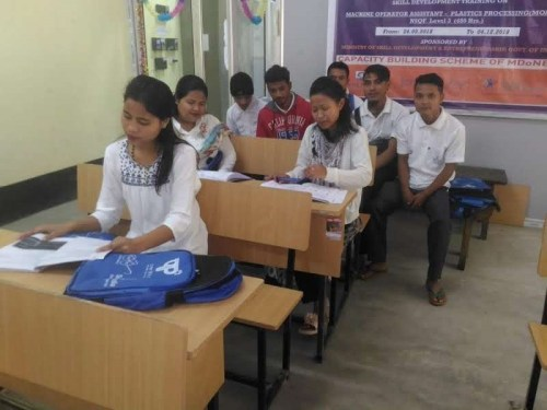 The learners from Shillong in CIPET Guwahati, along with other students