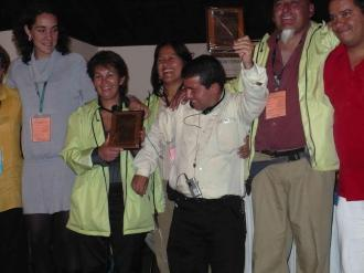 Bogota, 2008. Exequiel sharing the happiness of First World Conference with colombian wastepickers leaders and brazilians and first time WIEGO works with Exequiel in the preparatory process.