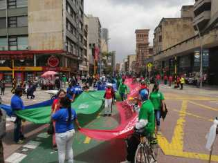 Recicladores en Bogotá, Colombia, por el día de los recicladores 2021.