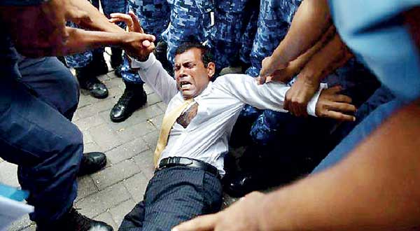 President Nasheed is dragged to court