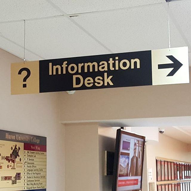 Info Desk Wayfinder