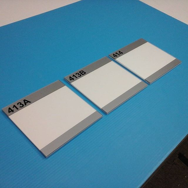 Room signs, non-glare plexi & pvc