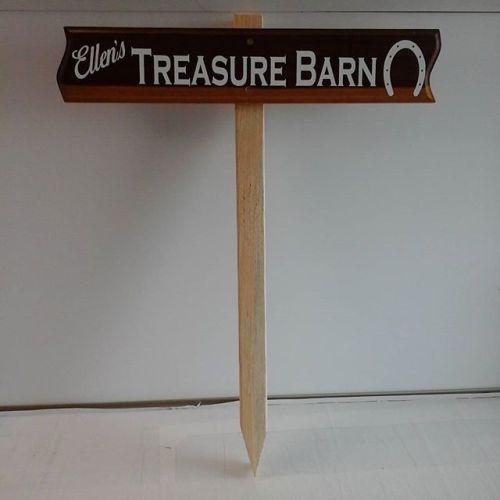 Wood sign / stake / vinyl