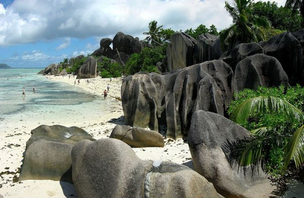 The spectacular beach of Anse Source d'Argent on the island of La Digue, Seychelles. Photo by Tobias Alt.