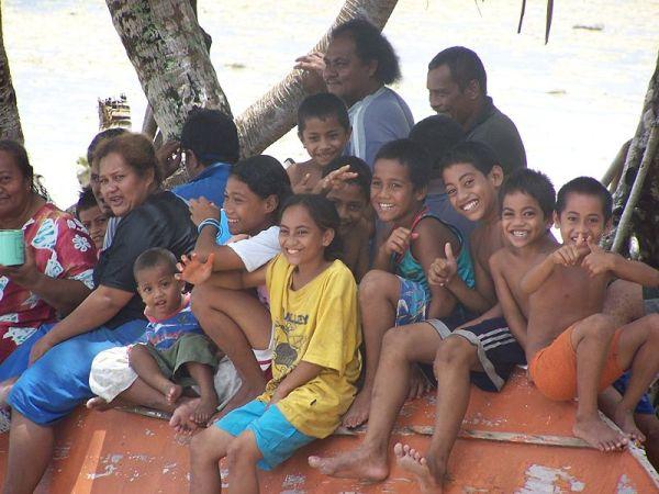 Children on Niutao Island. Photo by Cesqld.