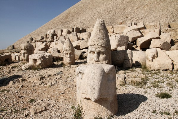Sculpted heads at the ruins of  the temple erected by King Antiochus of Commagene. Photo by Klearchos Santorini.