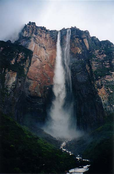 Salto Angel (Angel Falls), official name: Kerepakupai merú. Photo by Rich Childs.