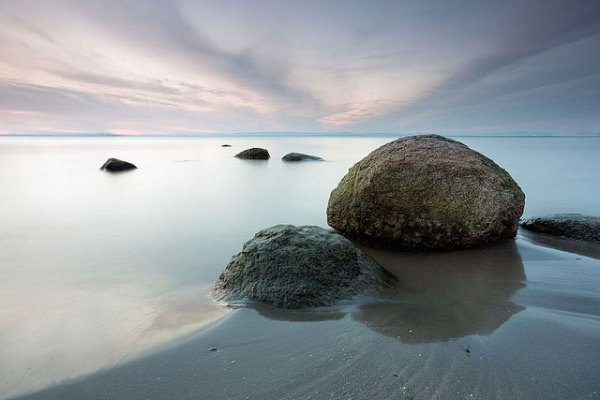 The Black sea coast near Chernomorets. Photo by Evgord.