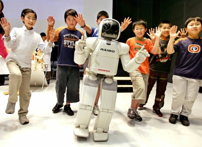 Japan will use AI robots to help students to speak English