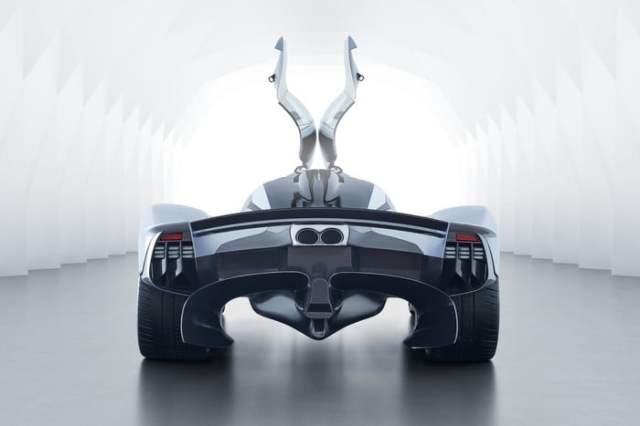 Aston Martin Valkyrie Open doors