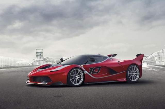 Ferrari LaFerrari FXX Red