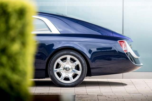 Rolls-Royce-Sweptail Back