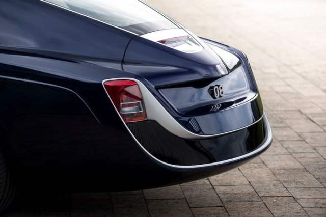 Rolls-Royce-Sweptail Tail Lamps