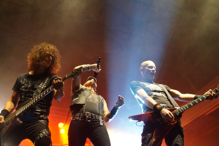 Accept tour dates