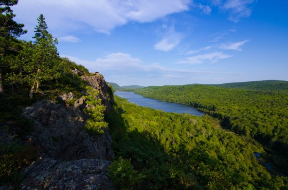 Member Jen M. gave us a great view of the Upper Peninsula with this photo from Lake of the Clouds.