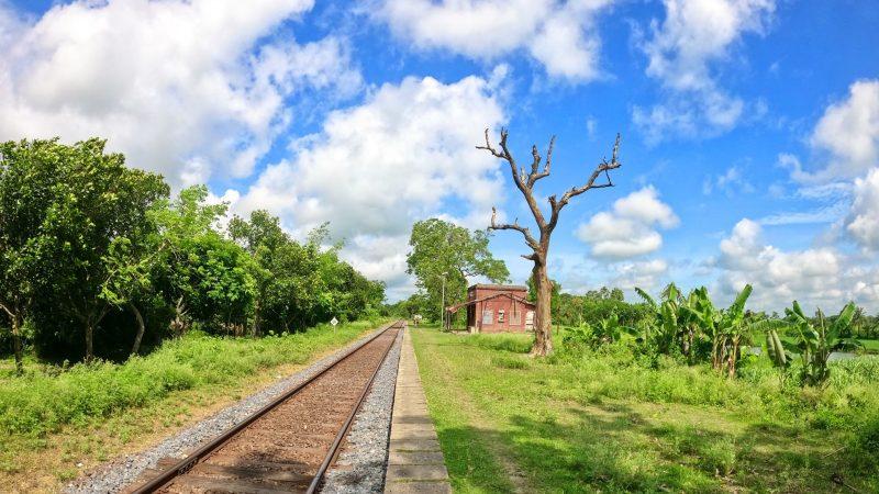 A less used station in Sundarpur, Kaliganj, Jhenaidah. Image by Shahajada Farhan Odhi. Via Bangladesh Railway Fan Group. Used with permission.
