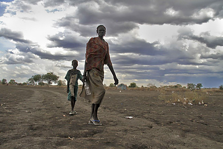 Displaced population caused by cattle raiding in Pibor county, Jonglei state © Liang Zi / Medecins Sans Frontieres (MSF)