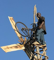 Harnessing the Wind: The Boy Who Moved Windmills – The Story of William Kamkwamba