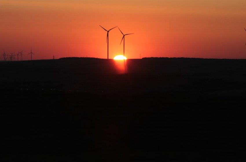 Senate Finance Committee Approve Bill to Extend Renewable Energy Production Tax Credit