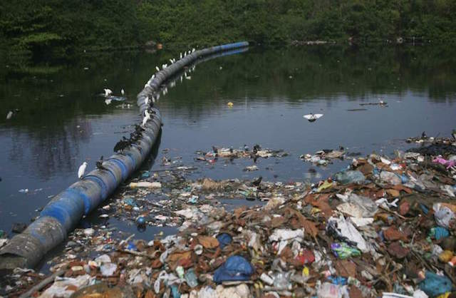Water pollution a problem for athletes and residents of Rio