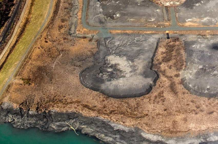 Toxic Coal Ash Waste Is Contaminating U.S. Groundwater