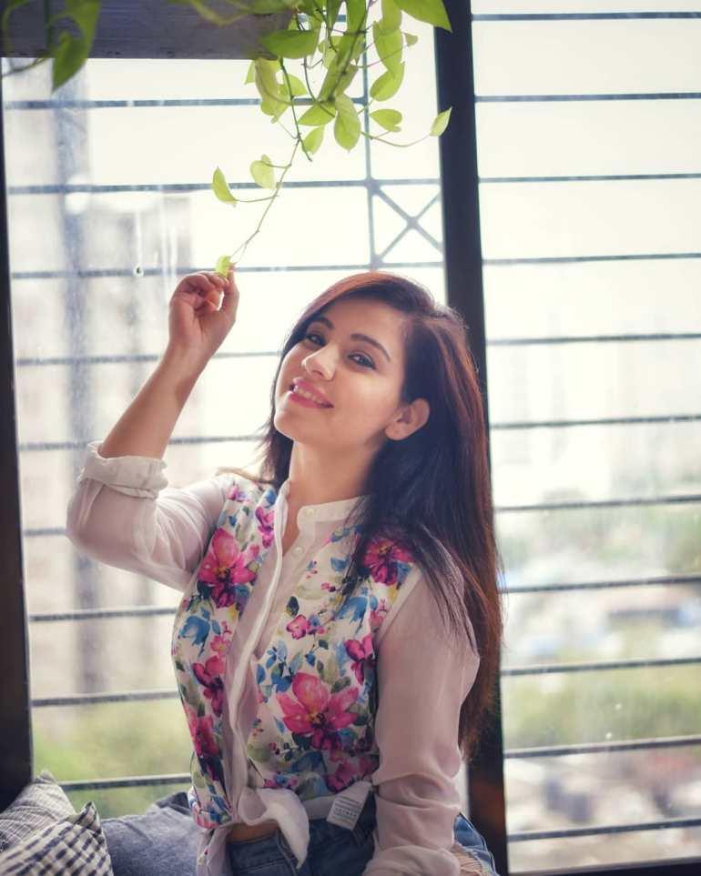 Beautiful Actress Ruby Bharaj