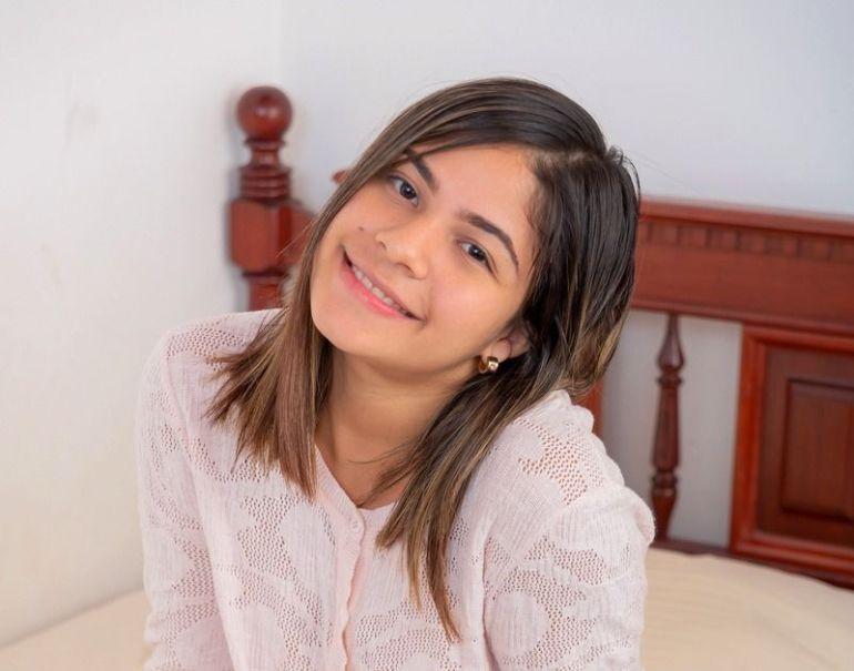 Melanie Lobo