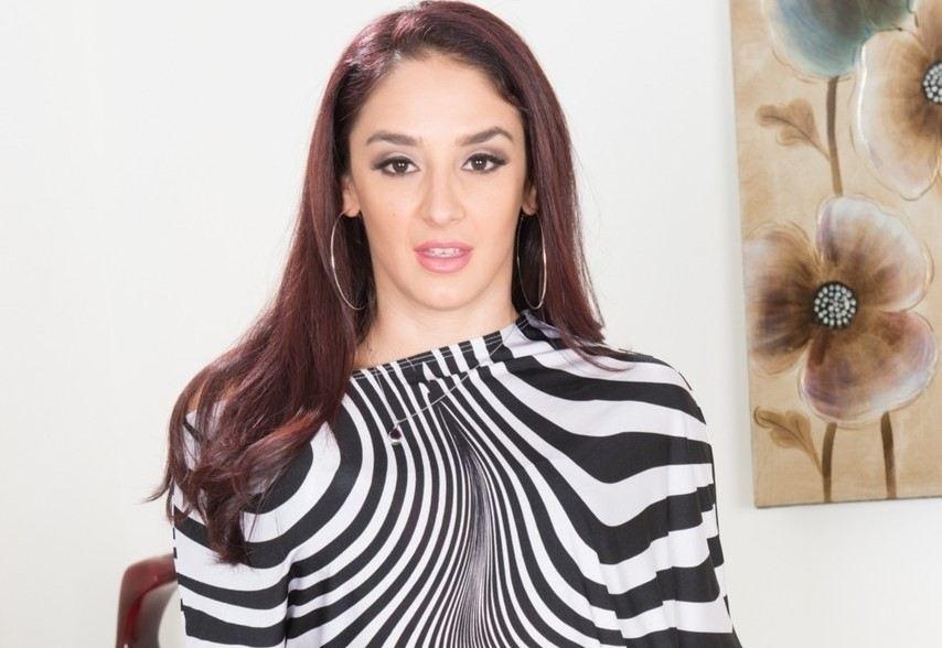 Sheena Ryder