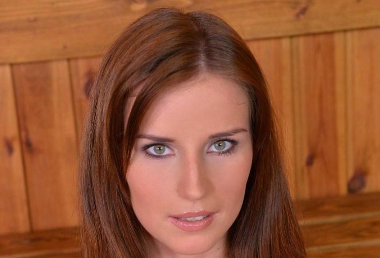 Adina Dena