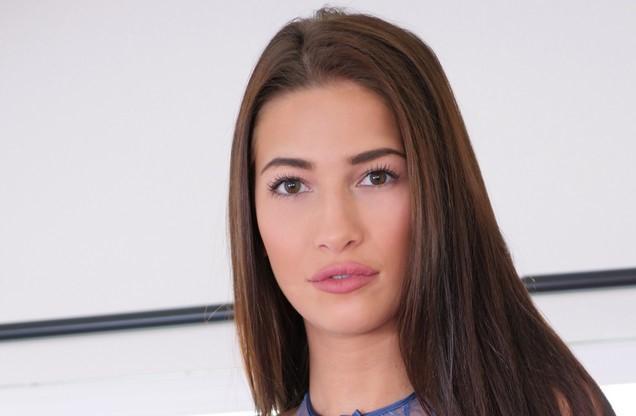 Olivia Nova