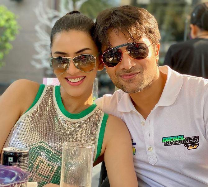 Smriti Khanna with Her Husband