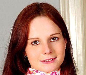 Jana Lastovichova (Carol Weiss)
