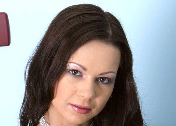 Angelina Crow