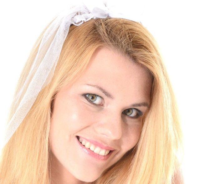 Izzy Delphine (Jenny Anne)