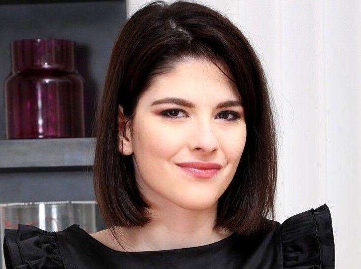Sara Bell