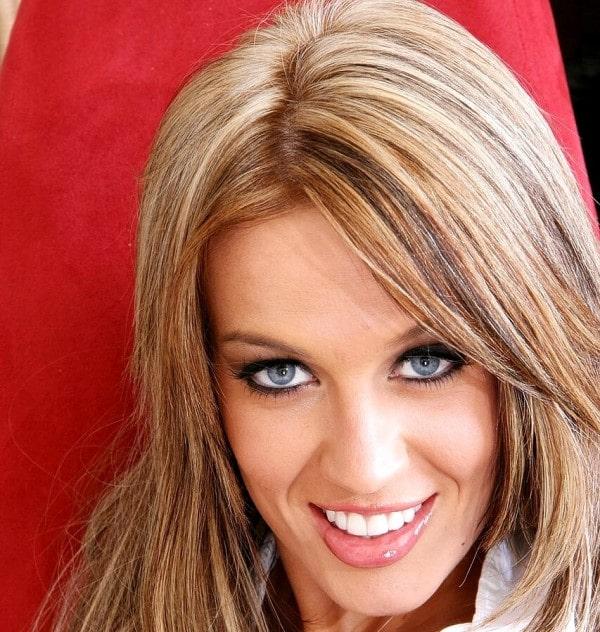 Holly Wellin