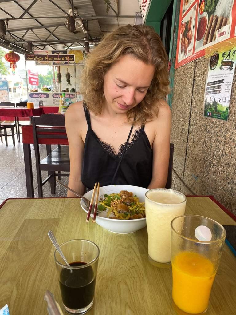 Dernier repas au Laos avant le retour de voyage anticipé à cause de la crise du Coronavirus