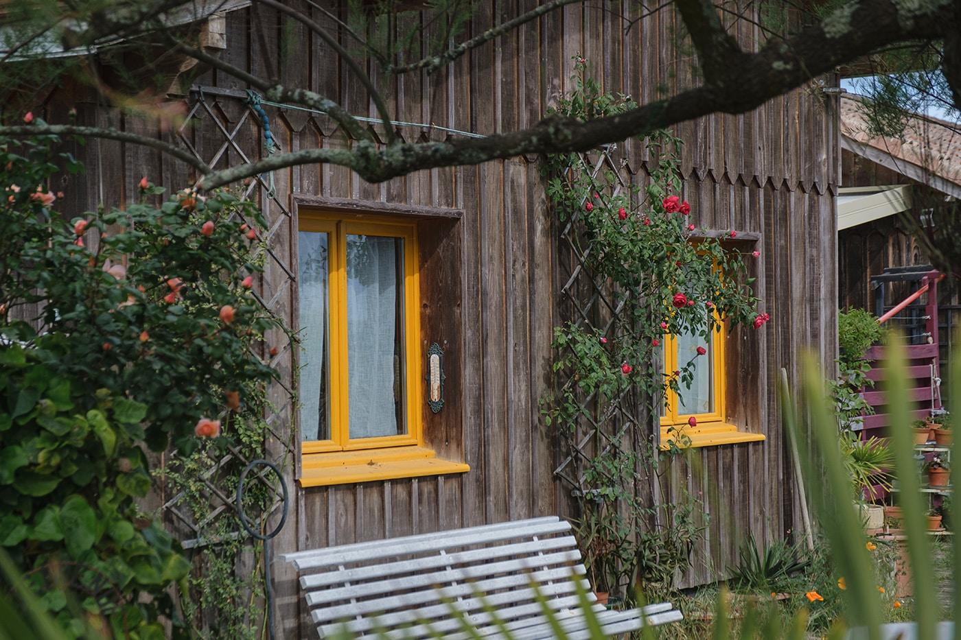Claouey village cap ferret road trip van
