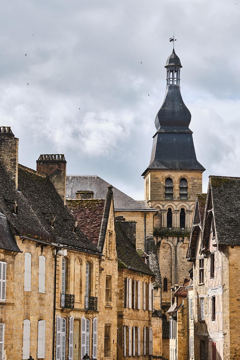 cathédrale saint-sacerdos sarlat-la-canéda