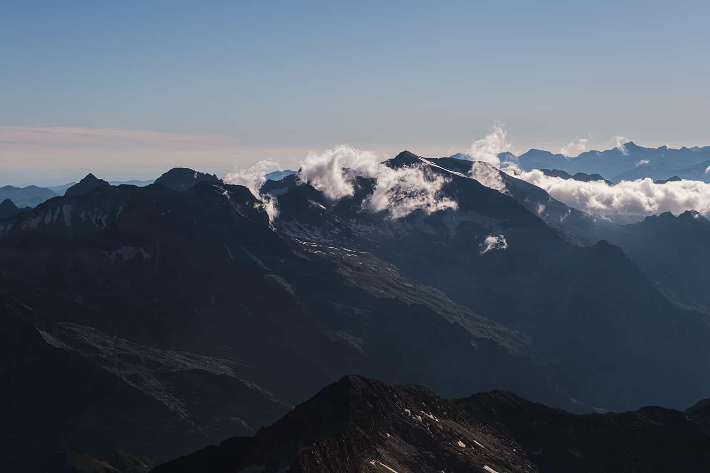 Vue sur le massif d'Aneto et de la Maladeta depuis les posets