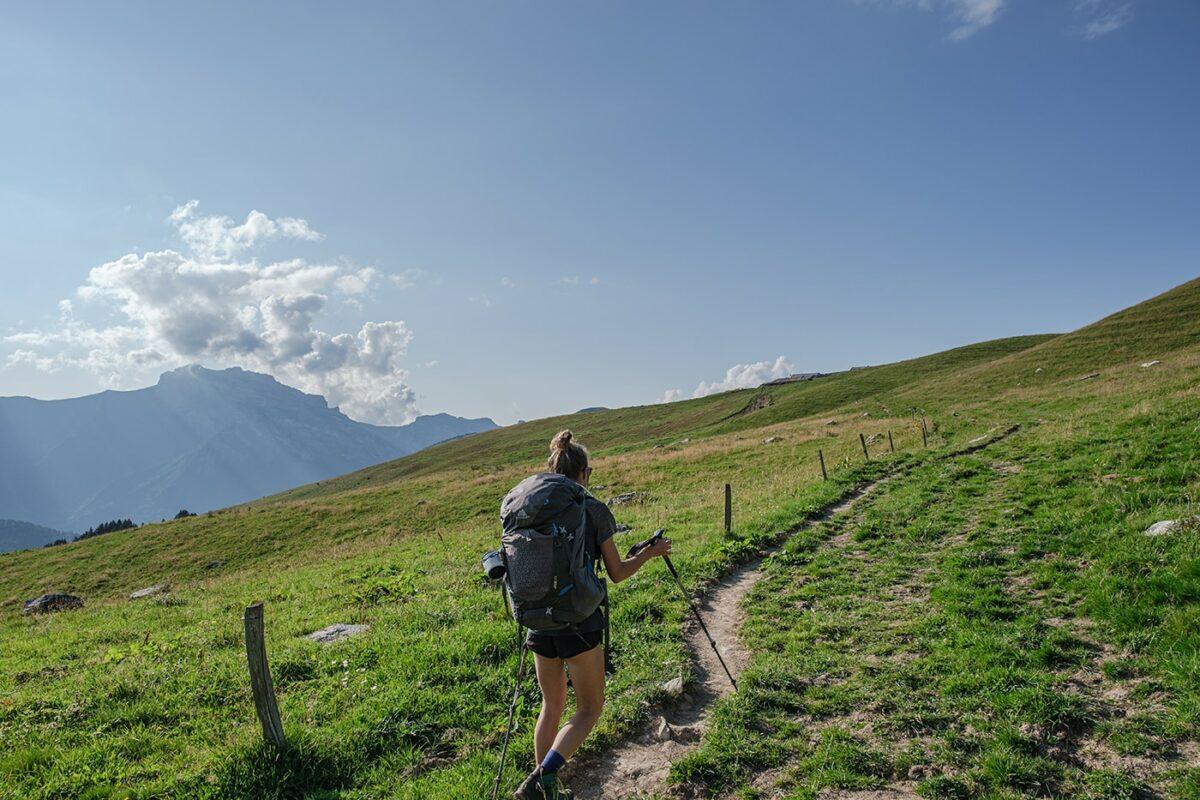 Alpage en direction du Mont Charvin