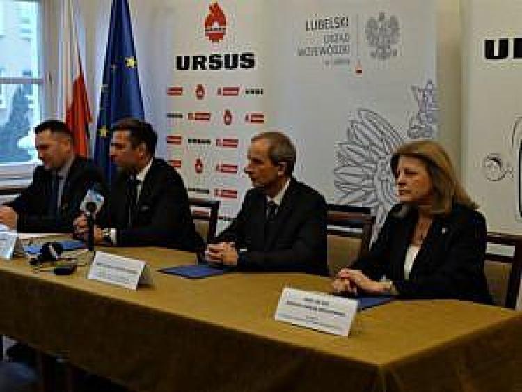 Podpisanie listu intencyjnego pomiędzy spółką Ursus a przedstawicielami dwóch lubelskich uczelni wyższych