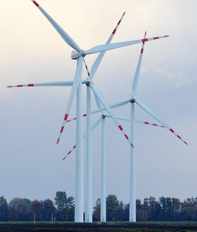 farma wiatrowa, magazyn energii