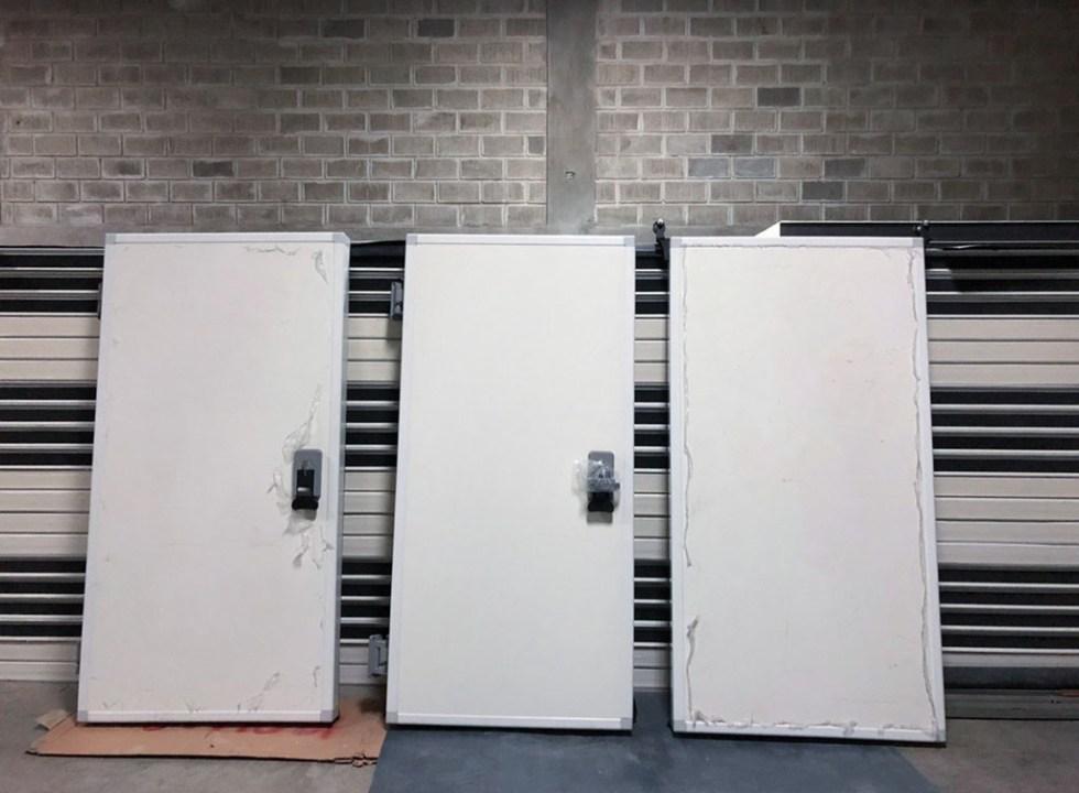 Solution pour les chambres froides: Porte de la chambre froide 40 ...
