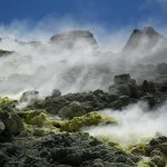 Cratère de Vucano, vapeurs de soufre