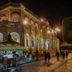 Le palais Ducezio de nuit