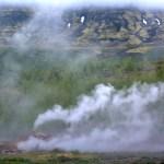 Geysir, jets de vapeurs
