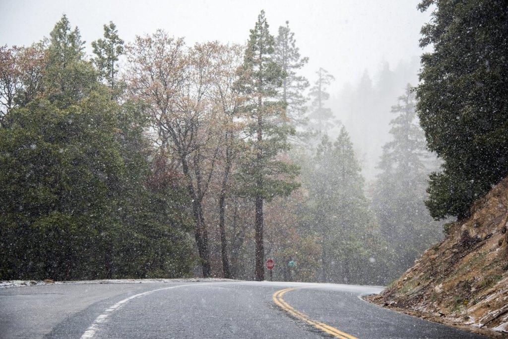 Tempête de neige au nord du lac isabella