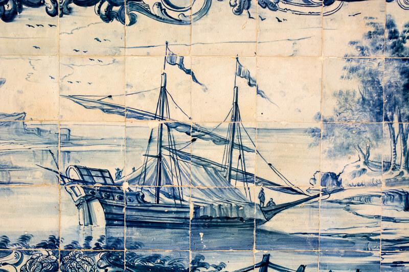 Lisbonne - l'histoire de la ville en azulejos